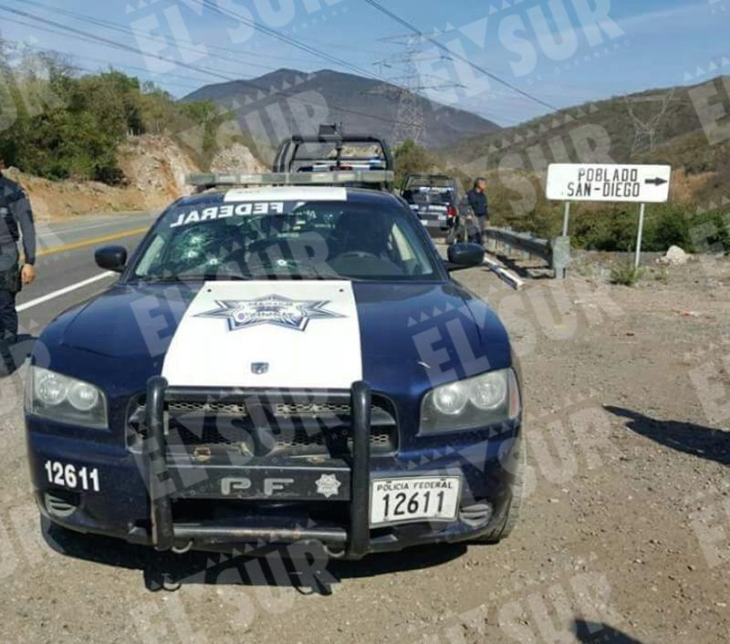 Fotos de patrullas de federal de caminos