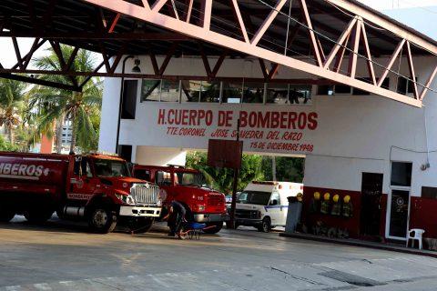 26-Mayo 2020 Acapulco, Gro. Aspecto de la fachada de Estación de Bomberos de Farallón. Foto: Carlos Alberto Carbajal