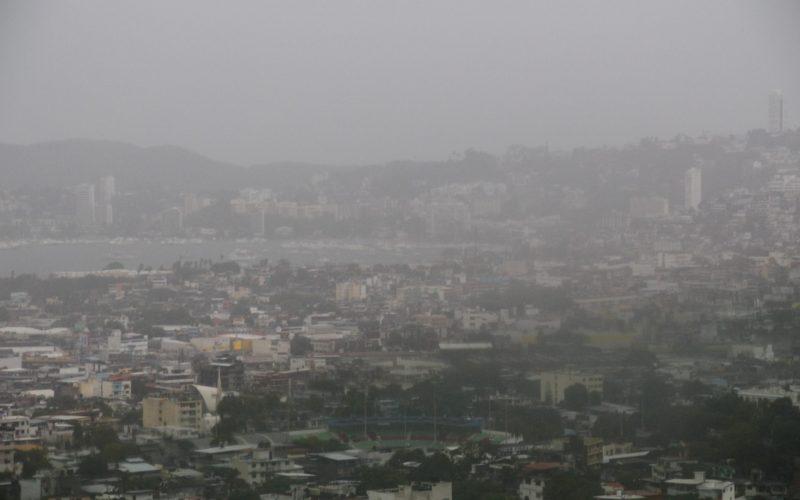 18 de Junio del 2021 Acapulco, Guerrero.  Las lluvias que casi durante todo el dia de ayer cayó en el puerto de Acapulco, prpvocada por la tormenta Dolores. Foto: Carlos Alberto Carbajal